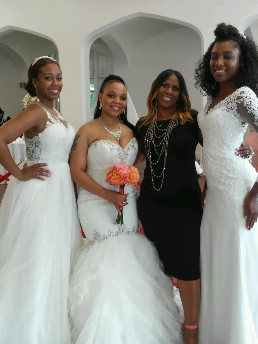 Bridal Show Models and Lu West